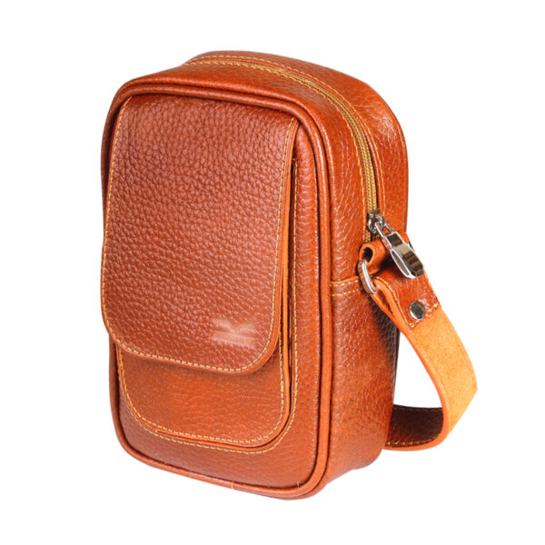 کیف دوشی اسپرت چرم طبیعی آروین چرم عسلی کد AR-131
